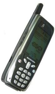 Первый телефон с GPS Benefon ESC