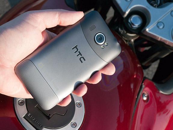 неровная поверхность HTC Titan II