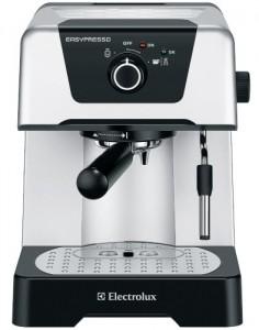 Кофеварка Electrolux EEA 110 для офиса