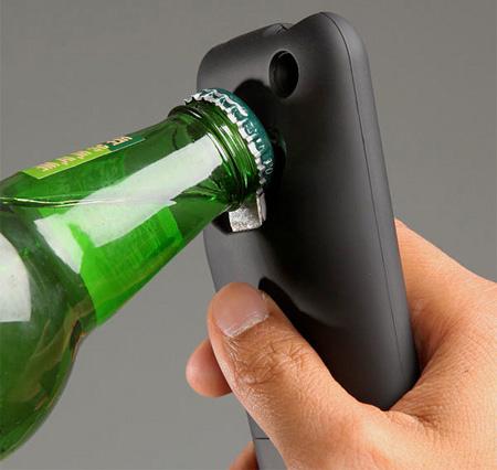 Телефону просто необходима защита - чехол