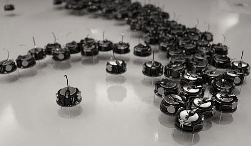 Роботы-муравьи K-Team Kilobot