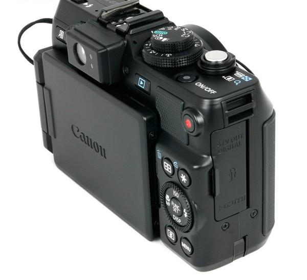 Лучший фотоаппарат с поворотным дисплеем такого работах