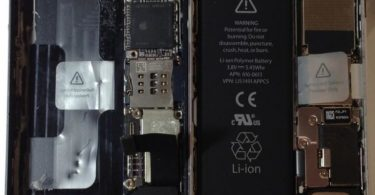 Снимок комплектующих iPhone 5S