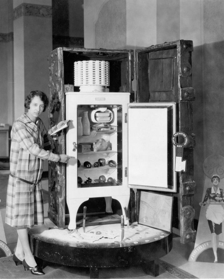 Техника в доме в 19 веке работа в технике для дома