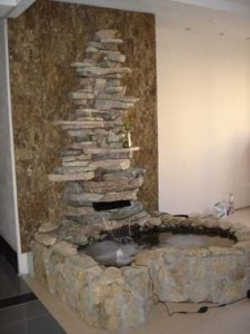 водопад по камню