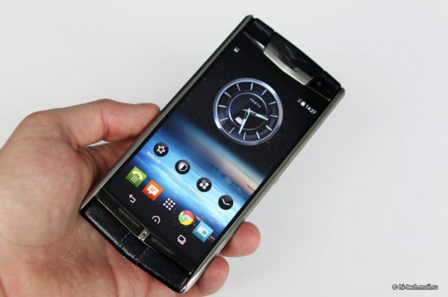 Vertu Signature Touch экран